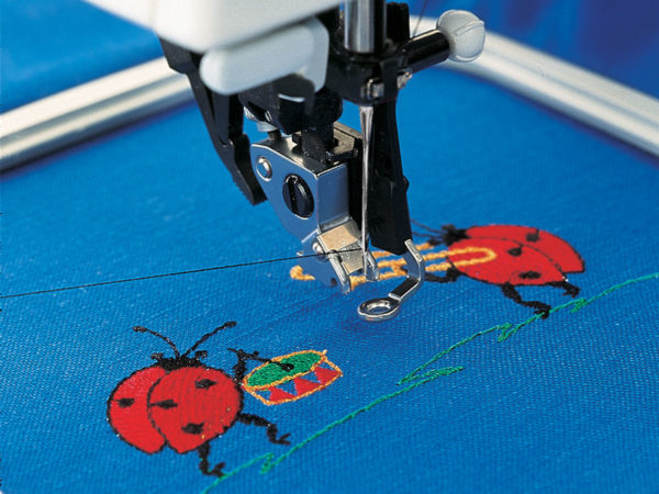 creative™ Embroidery Foot